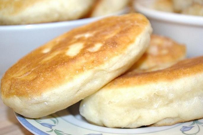 Пирожков на кефире жареные дрожжевые
